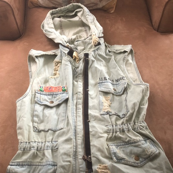 Forever 21 Jackets & Blazers - Chambray anorak/cargo vest